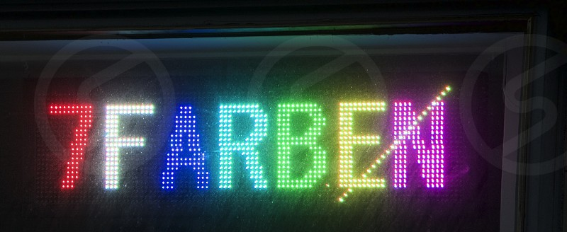 red and multicolored 7farben LED signage photo