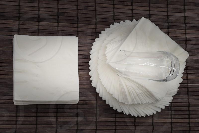 Napkin Twist Table Top Glass photo