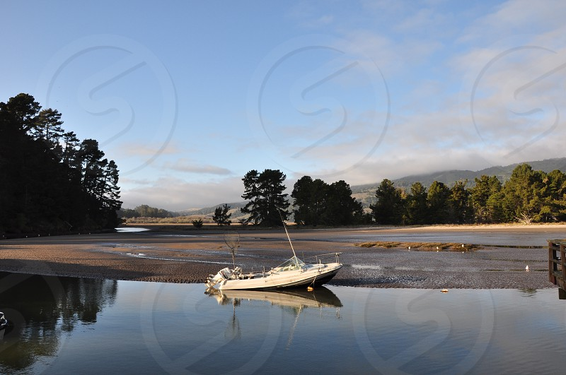Boat on the lake (California USA) photo