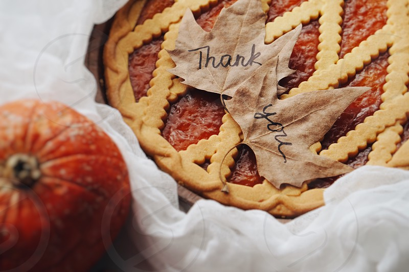 Thanks thanksgiving happy thanksgiving thankful pie pumpkin pumpkin pie dinner festive decorations autumn autumn food flatlay celebration  photo