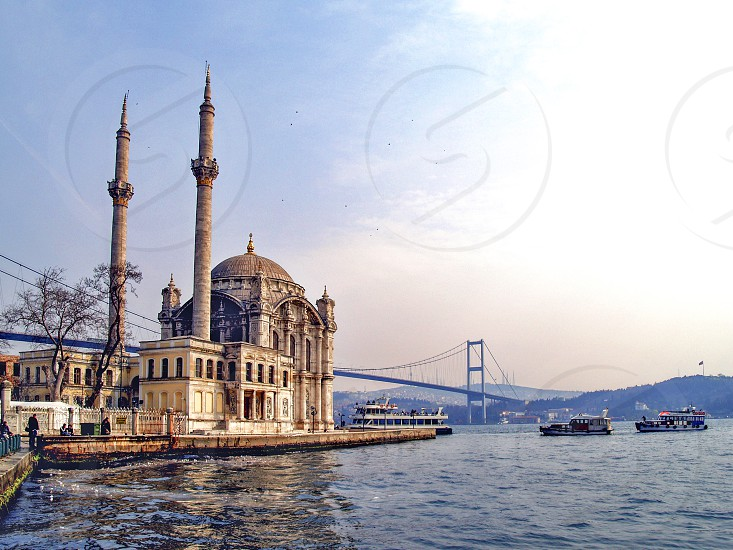 Ortaköy Mosque officially the Büyük Mecidiye Camii (Grand Imperial Mosque of Sultan Abdülmecid) in Beşiktaş Istanbul Turkey situated at the waterside of the Ortaköy pier square one of the most popular locations on the Bosphorus photo