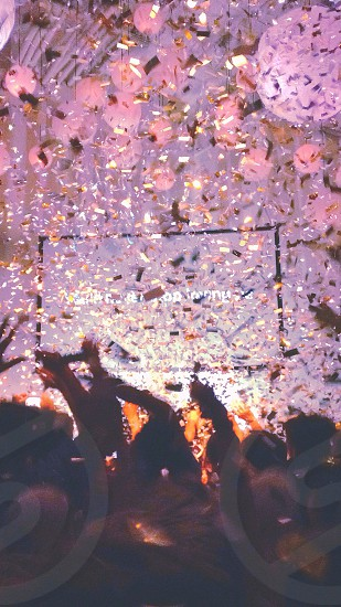 confetti dropping from the ceiling photo