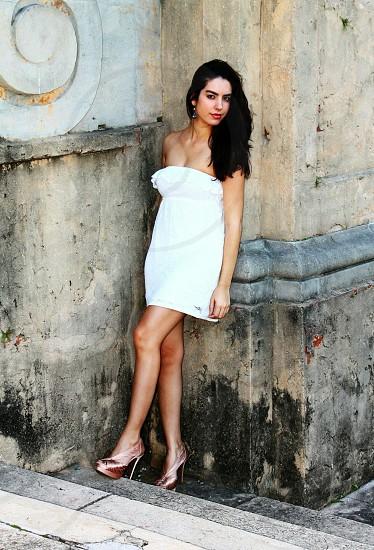 women's white tube dress photo