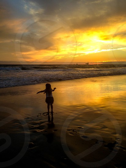 Little Girl in the Pacific  photo