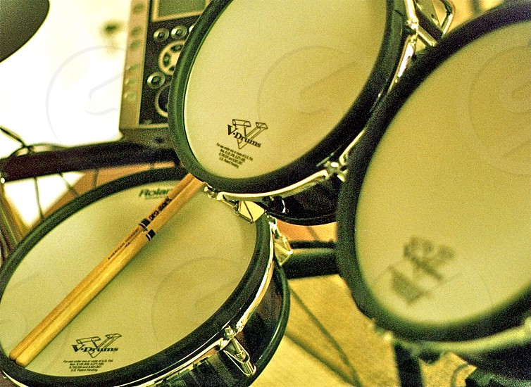 drums musician photo