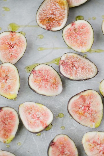 figs fresh olive oil roast salt pepper meal prep food prep healthy organic color pink seasonal photo