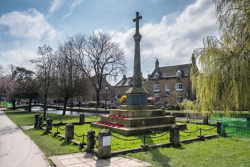 Memorial Cross in Bourton-on-the-Water photo