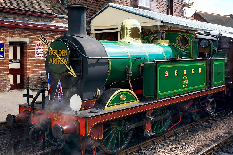 Golden Arrow at Sheffield Park Station photo