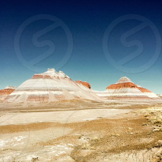 white and brown mountains photo