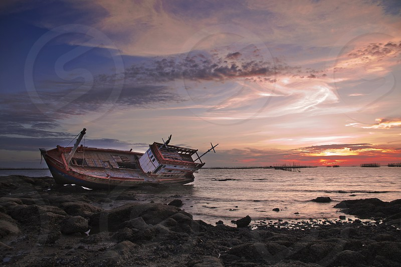 Sink boat at Angsila. photo