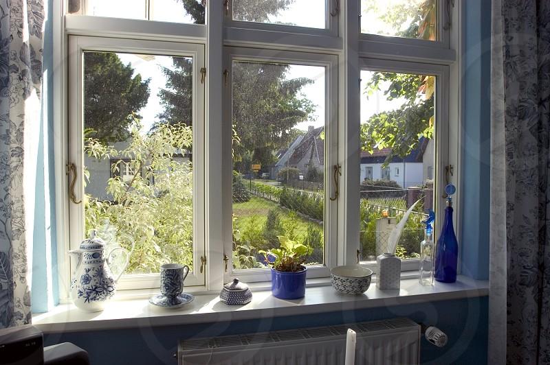 white window pane photo
