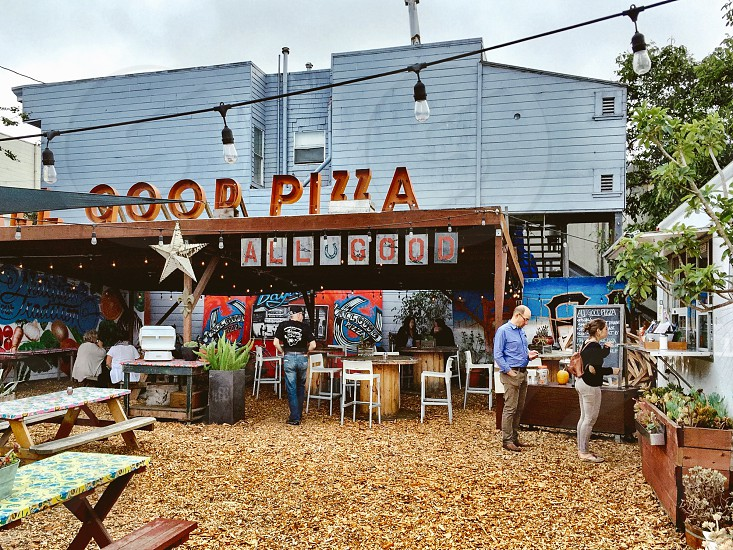 Outdoor Pizza cafe photo