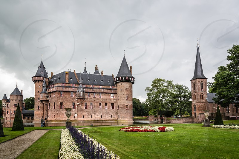 De Haar Castle located near Utrecht. It is the biggest and most luxurious castle in The Netherlands photo