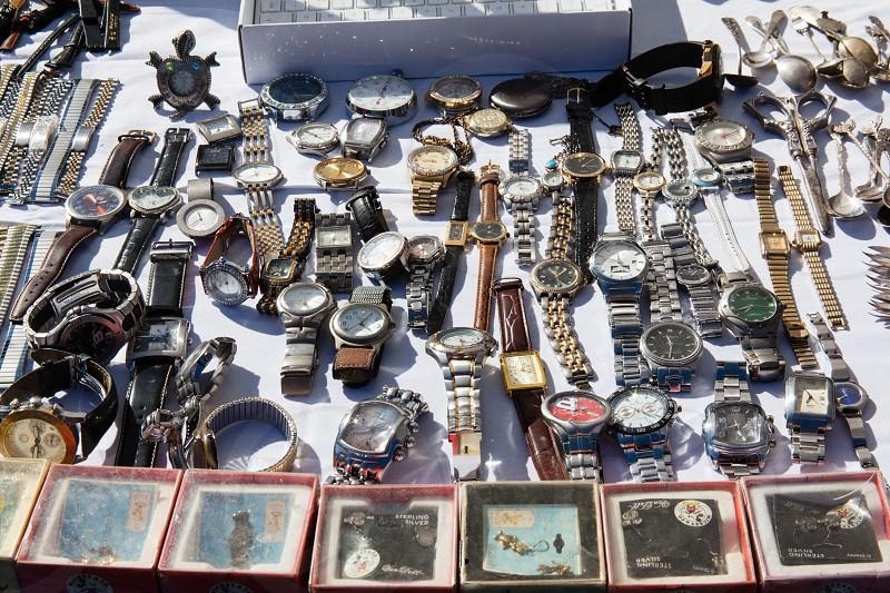 many watch  photo
