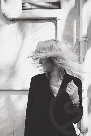 Girl Laugh smile fashion blonde blog street style hipster photo