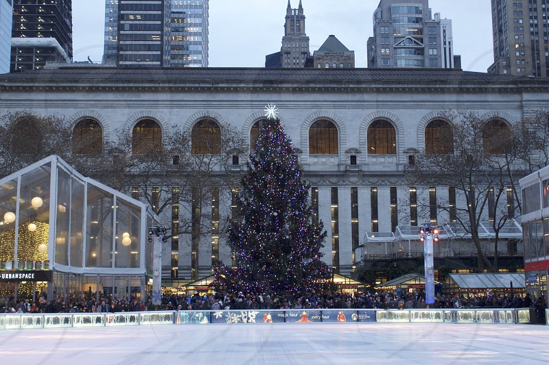Busy Christmas in NYC     photo