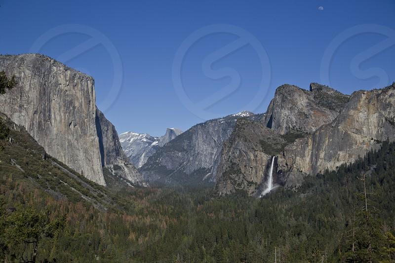 scenic nature national park Yosemite waterfalls rock formations Bridal Veil Falls Half Dome El Capitan view photo