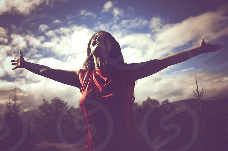 raised arm woman retro scene photo