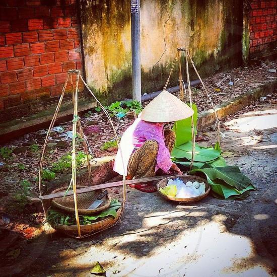 Preparing for the matket in Huai'an Vietnam photo