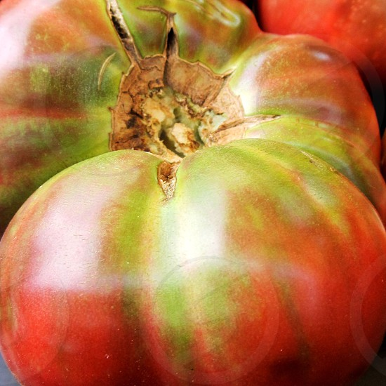Heirloom tomato closeup photo