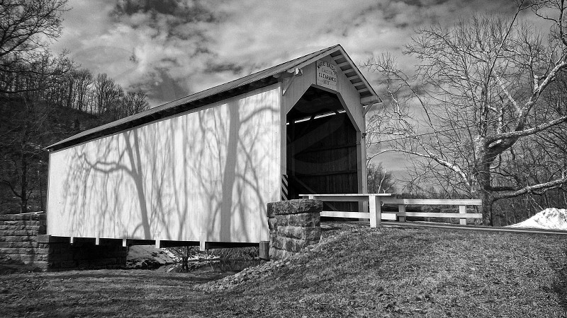 White's Covered Bridge photo