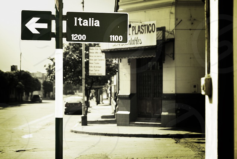 Traffic sign in Argentinia photo
