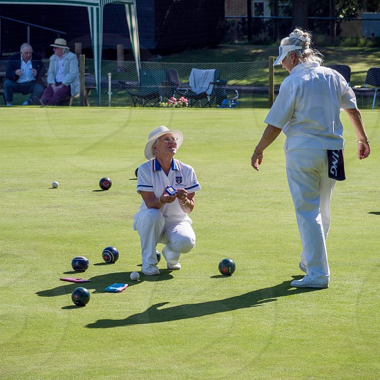 ISLE OF THORNS SUSSEX/UK - SEPTEMBER 11 : Lawn Bowls Match at Isle of Thorns Chelwood Gate in Sussex on September 11 2016. Unidentified women photo