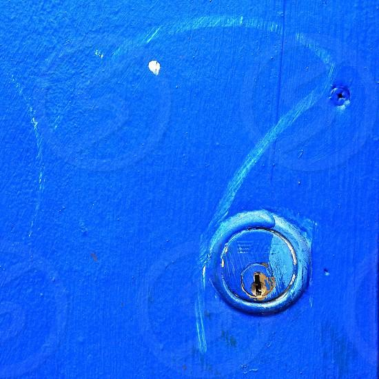 Blue wall keyhole photo