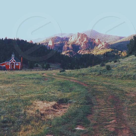house near the mountain view photo