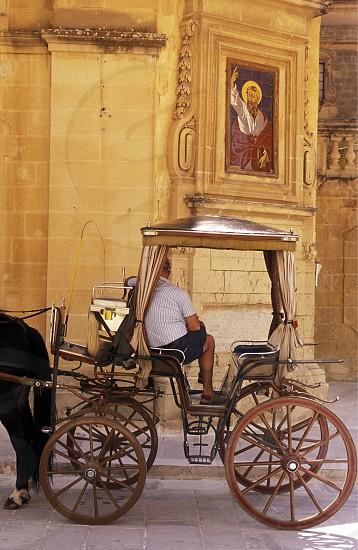 Europa Mittelmeer Malta MdinaEine Kutsche in der Altstadt von Mdina am Mittelmeer auf der Insel Malta.       (Urs Flueeler)  photo