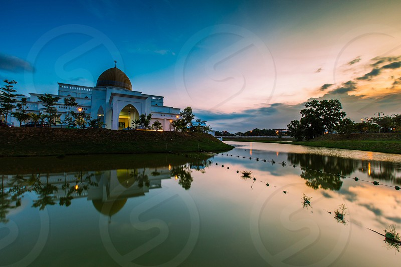 Uiam mosque kuantan malaysia sunset reflection dusk twilight islam muslim ramadhan ramadan photo