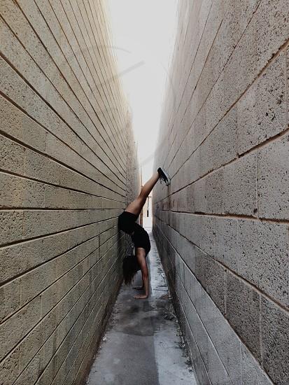 woman wearing black shorts photo