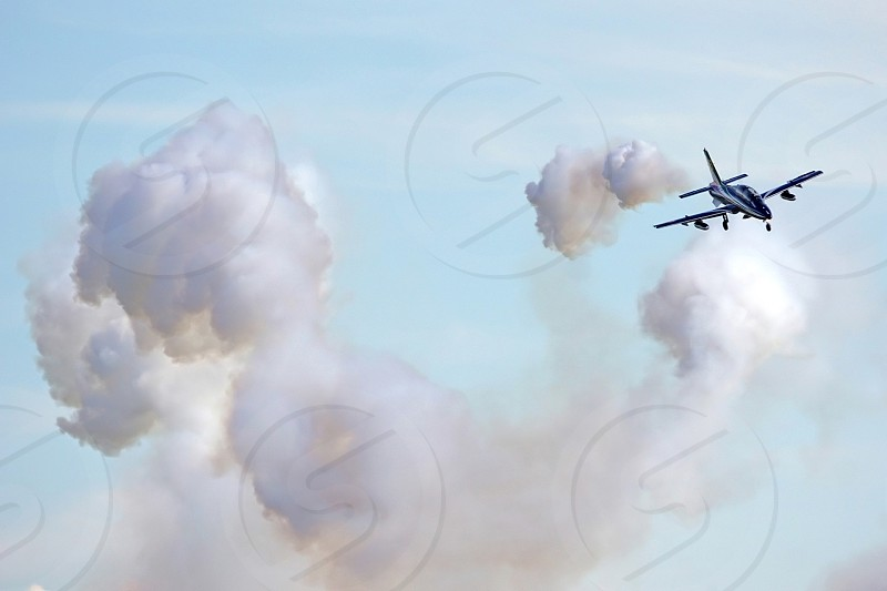 aviation pan frecce tricolori aerobatic team military aircraft photo