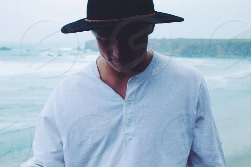 black wide brim hat photo