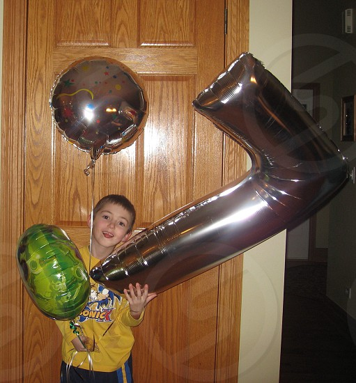 grey balloon photo