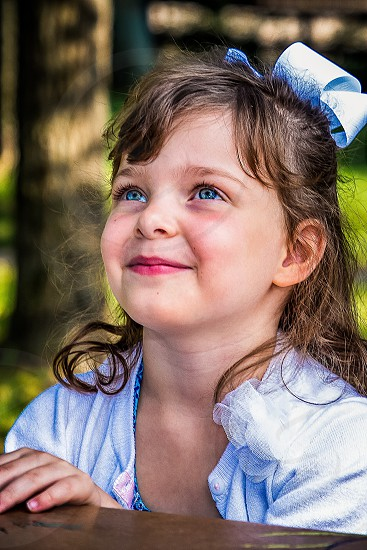 blue eyed girl photo