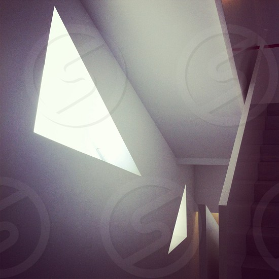 Spaces architechture white minimalist triangles stairs Madrid museum museo de dibujo Europa europe minimalismo espacio architectonics photo