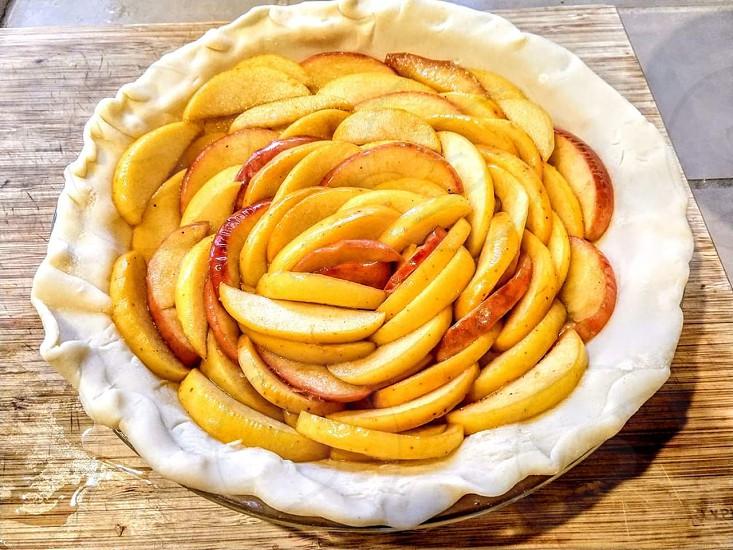Apple pie making photo