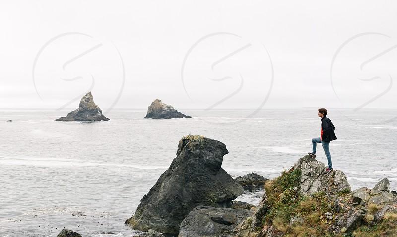 adventure coast pacific ocean cliffs Oregon hike  photo