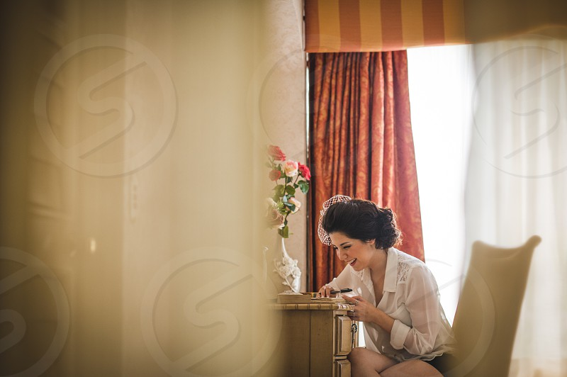 Writing a love letter for a friend photo