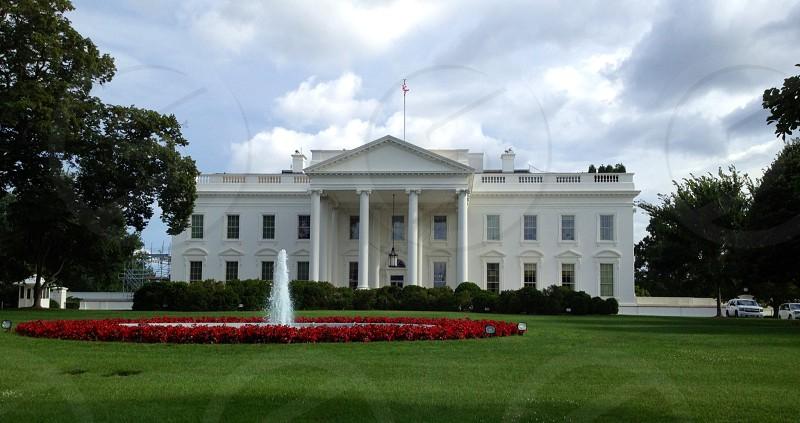 White House lawn photo