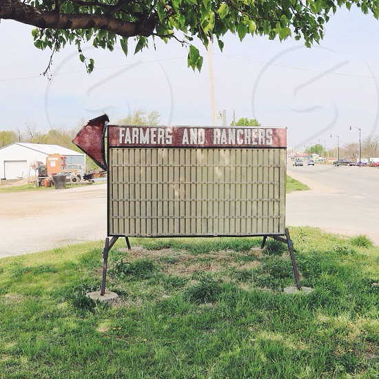 farmers and ranchers label signage photo