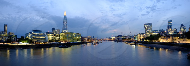 London river Thames city night south bank city hall city scape photo