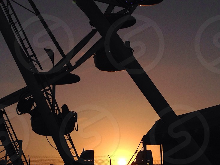ferris wheel sunset photo