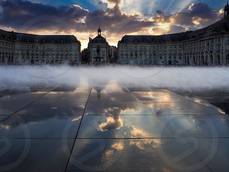 Miroir d'Eau at Place de la Bourse in Bordeaux photo