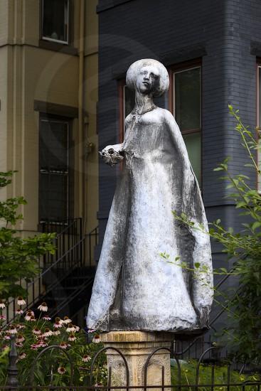 Urban Adventure - statue photo