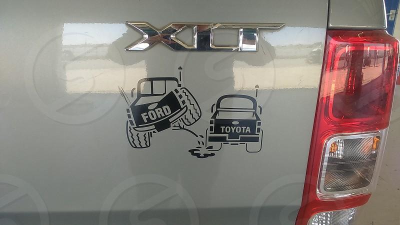 Ford vs Toyota photo