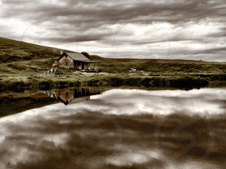 Cabin farmhouse pond country quaint calm relaxing escape freedom reflection inspirational photo