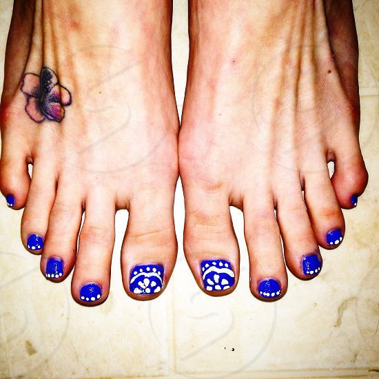 Toes  photo