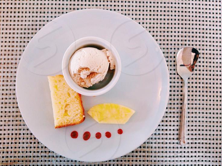 Ice cream cake pineapple photo